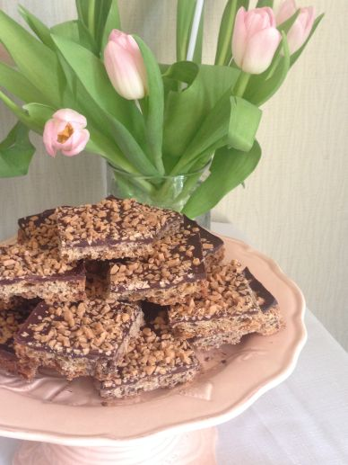 Chocolate Toffee Shortbread Squares